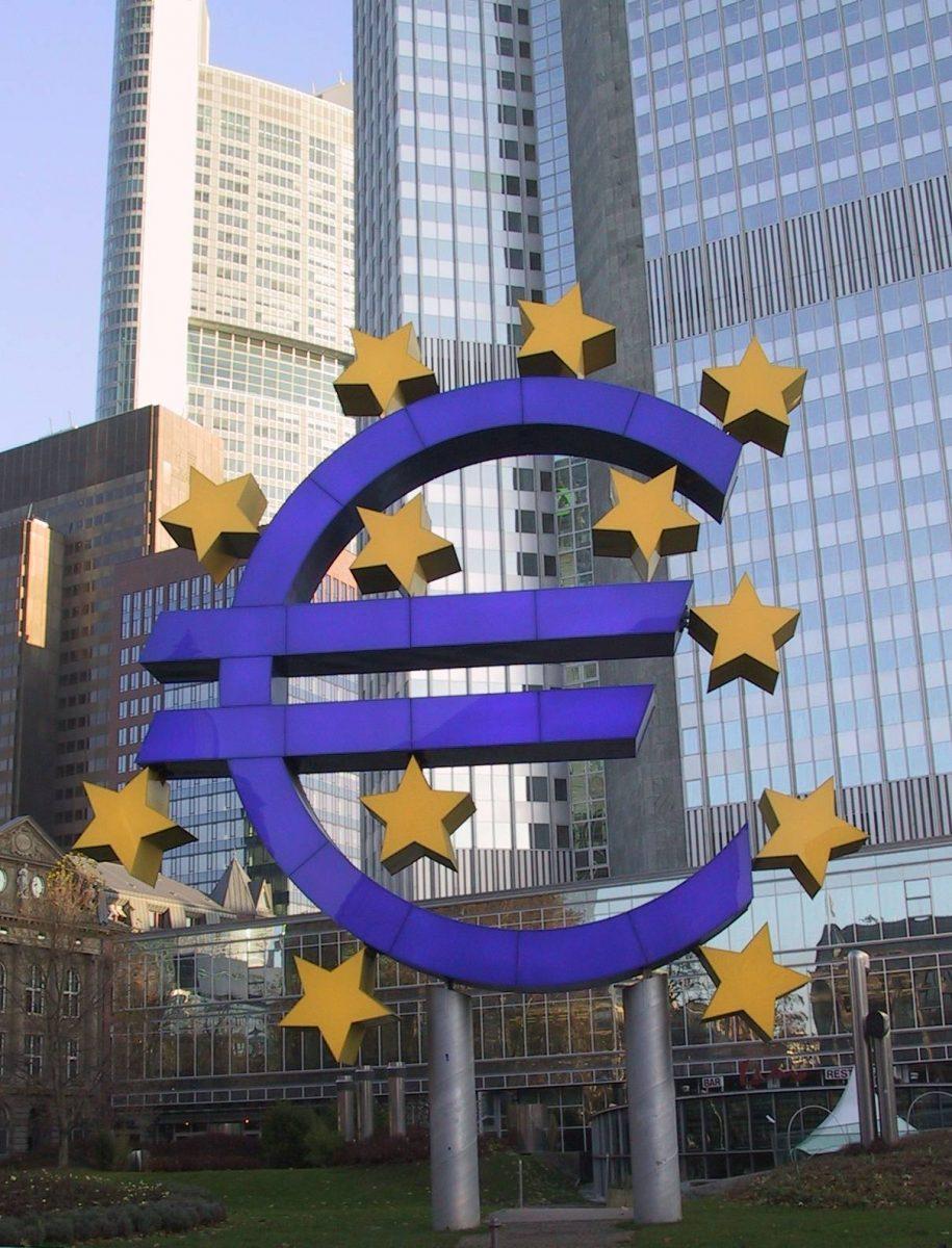 Cuidado con la política de la cigarra: el BCE debe parar